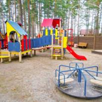 Загородный клуб Дача 3* Детская площадка - Фото отеля