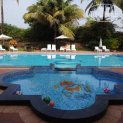 Longuinhos Beach Resort 3*