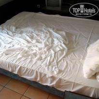 Hotel Saint John Perse 2* Кровать - Фото отеля