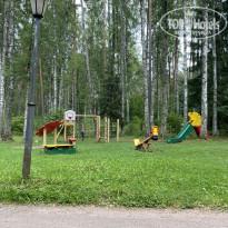 Загородный клуб Дача 3* Детская площадка у таунхауса. - Фото отеля