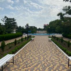Территория отеля Санаторно-курортный комплекс Family Resort